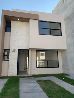 Casa Nueva en Residencial Zafiro, cerca del eje metropolitano y blvd. La luz
