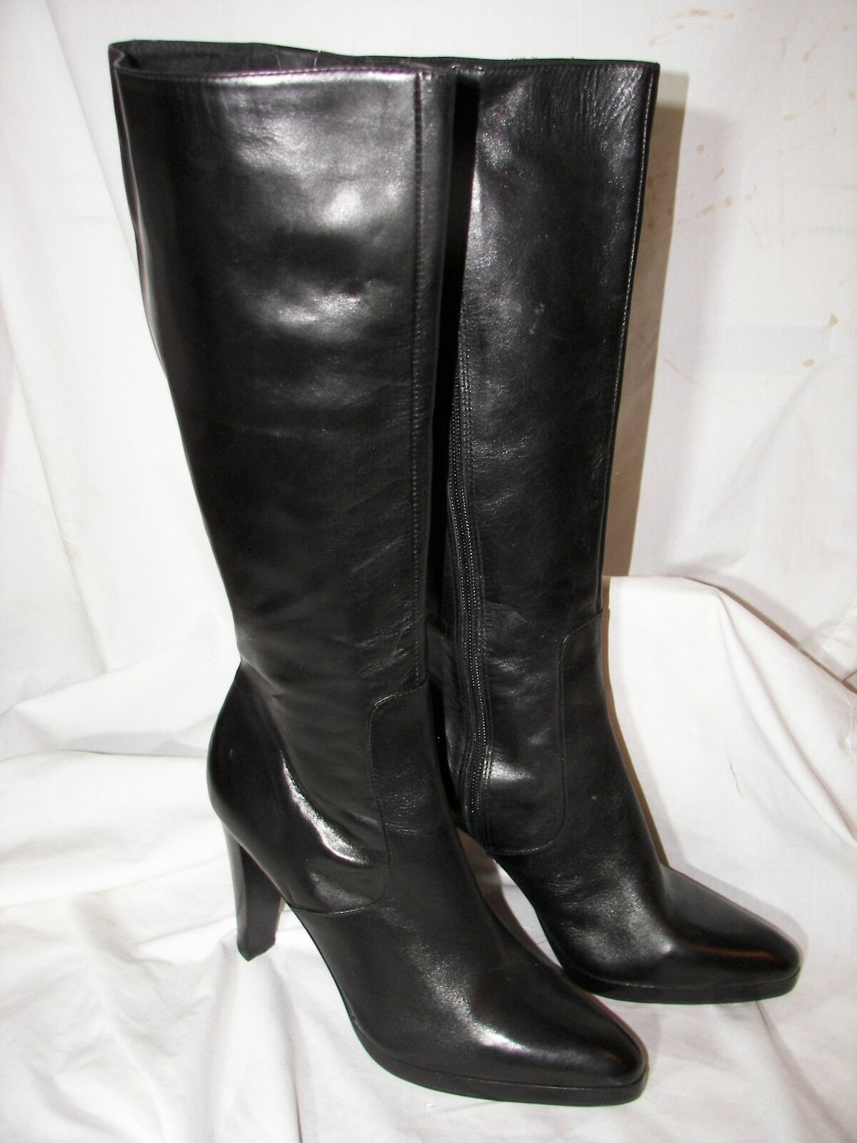 Gently used Steve by Steve Madden Leather Zipper Platform Boots 10B