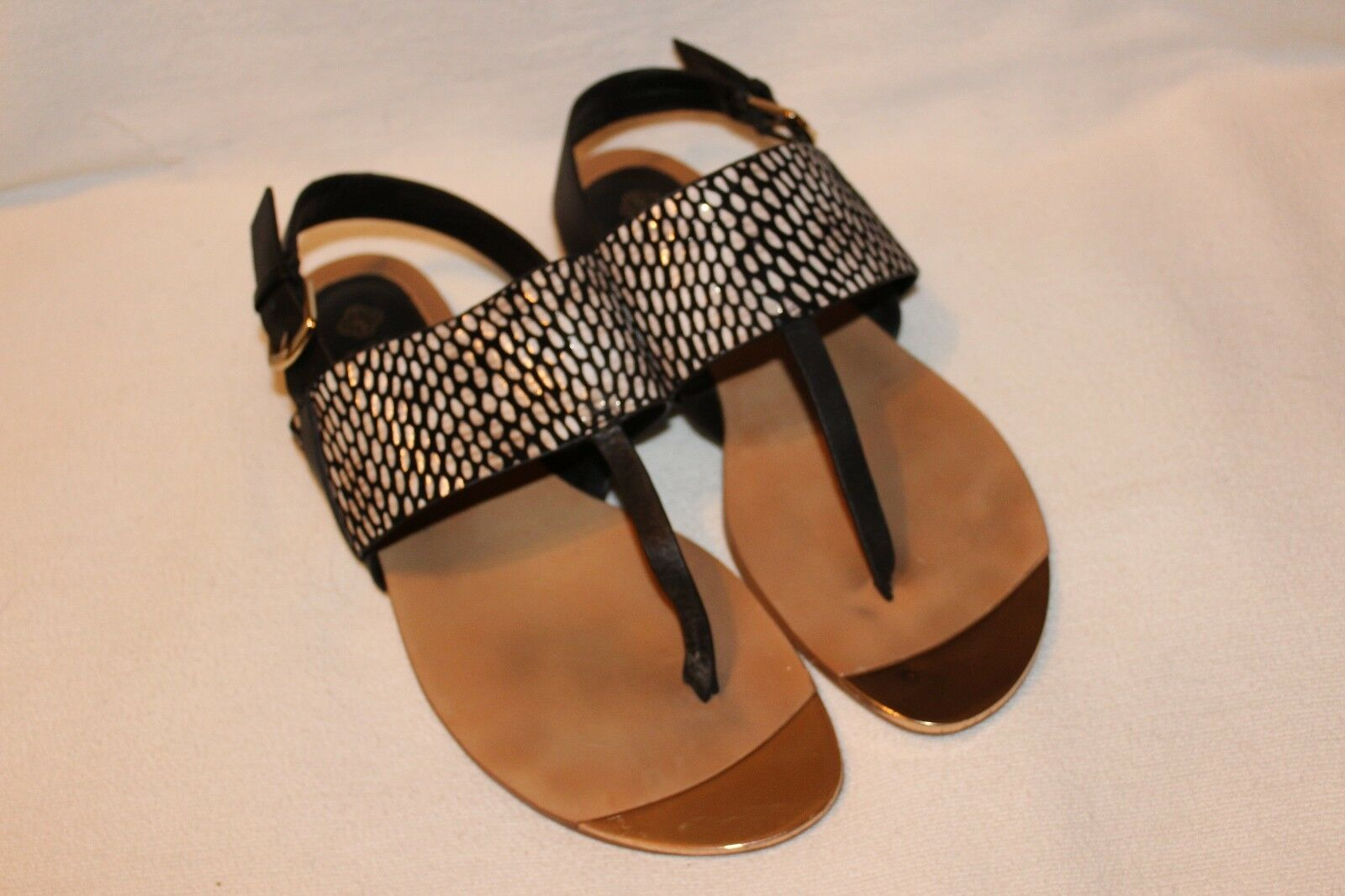 ISOLA Black Leather Flat Size Thong Sandals Size Flat 9 80f801