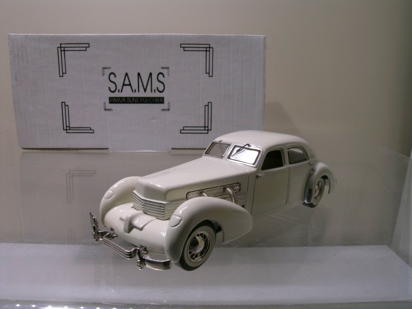 SAMS No. S9 CORD BEVERLEY 1937 CREAM bianca-METAL HANDB. LIM 23 150 BOX 1 43