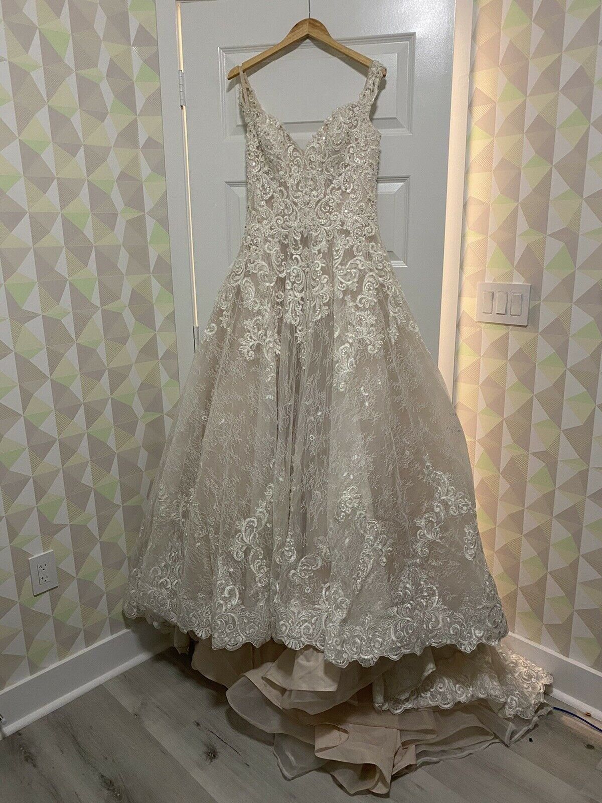 Wedding Dress Allure Couture C461 Size 10 - image 4