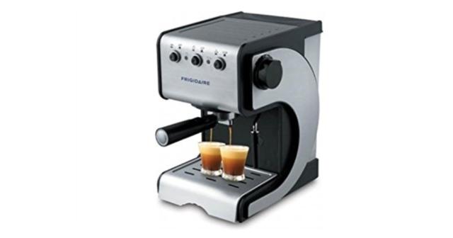 Frigidaire FD7189 220V Espresso & Cappuccino Maker 220 Volt 240 Volt 50 Hz NEW