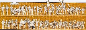 Unpainted OO//HO Gauge Preiser 16342 Funfair Crowdsmen Figures Pk60