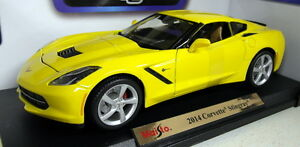 Maisto-1-18-Scale-46629-2014-Chevrolet-Corvette-Stingray-yello-diecast-model-car