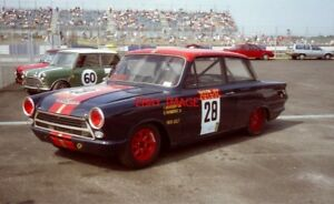 PHOTO  LOTUS CORTINA THIS IS THE SWEDISH CAR OF TOMMY BRORSSONBO WARMENIUS  AND - Tadley, United Kingdom - PHOTO  LOTUS CORTINA THIS IS THE SWEDISH CAR OF TOMMY BRORSSONBO WARMENIUS  AND - Tadley, United Kingdom
