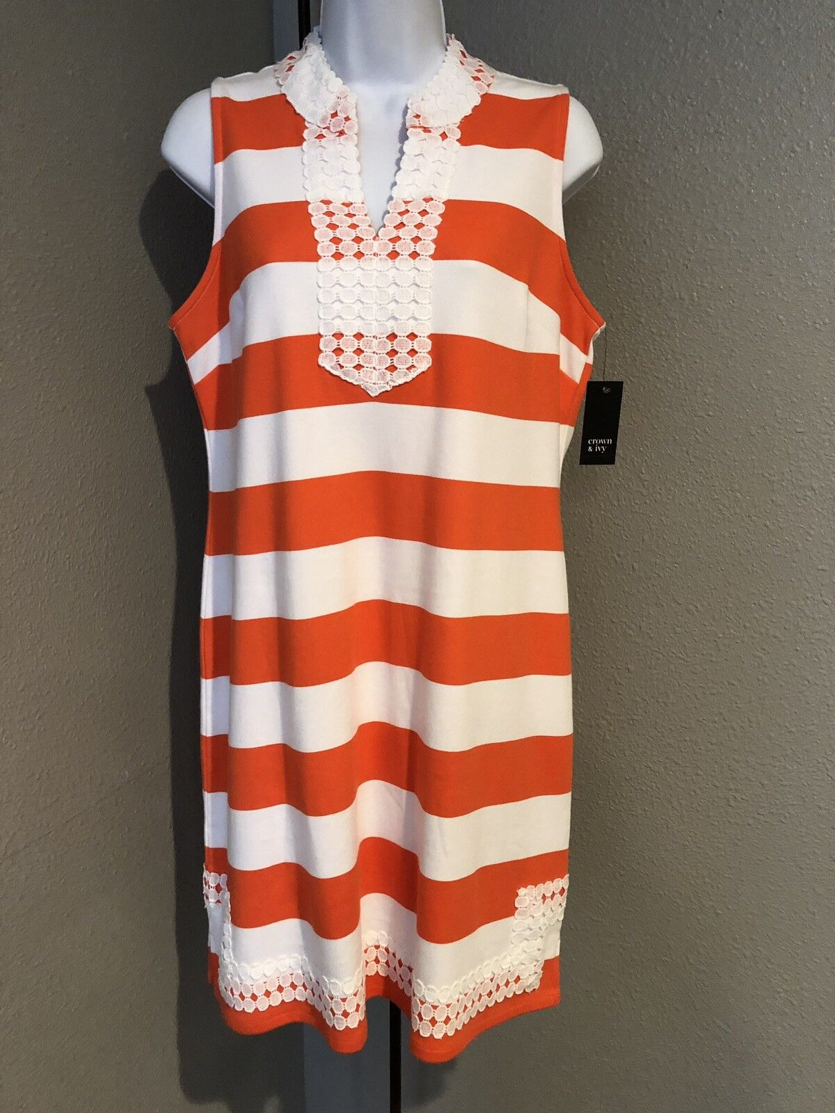 Crown & Ivy Womens Striped Dress orange White Size Small.  G44