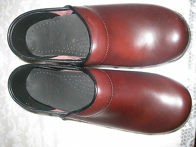 Comfort Shoes s30 Women's Shoes Dansko Professional Cordovan Cabrio Slightly Used