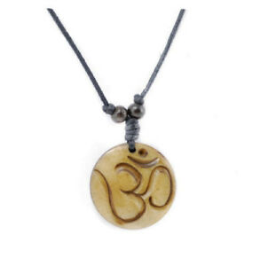Collier pendentif Om Mani Padme Aum  bouddhisme A34