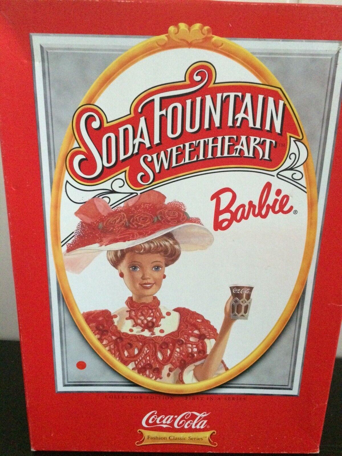 Barbie Soda Fountain Sweetheart Coca-Cola Collector Edition Mattel 15762  | Hohe Qualität und günstig
