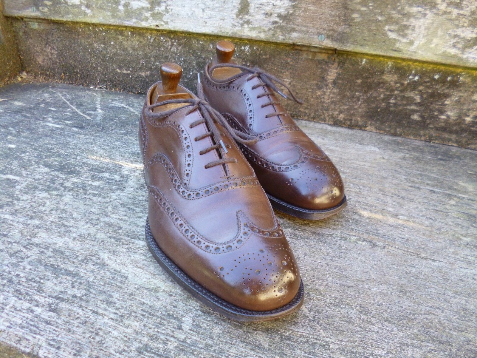 CHURCH BROGUES – BROWN - (WIDE) – CHETWYND -EXCELLENT-AS WORN BY JAMES BOND