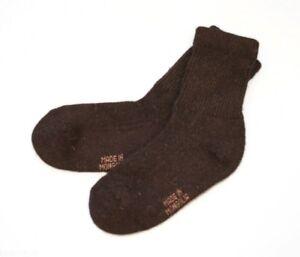 High-leg-socks-made-of-Yak-wool-Dark-brown
