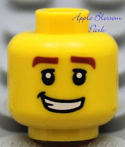 Police Agent Pirate Ninja Male NEW Lego City Boy MINIFIG HEAD w//Sly Smile Grin