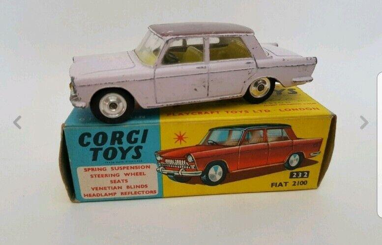 Corgi 232 Fiat 2100 Two Tone - Lilac with Mauve Roof boxed