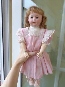 Rarität schöne antike Puppe Porzellankopfpuppe alte Kleidung antique doll