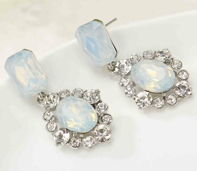 Newest most fashionable sign woman gorgeous statement clear crystal Earrings 641