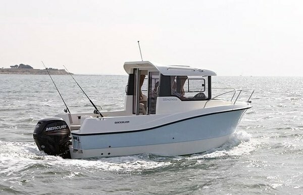 Quicksilver 555 Capture Pilothouse, Motorbåd, fod 16,…