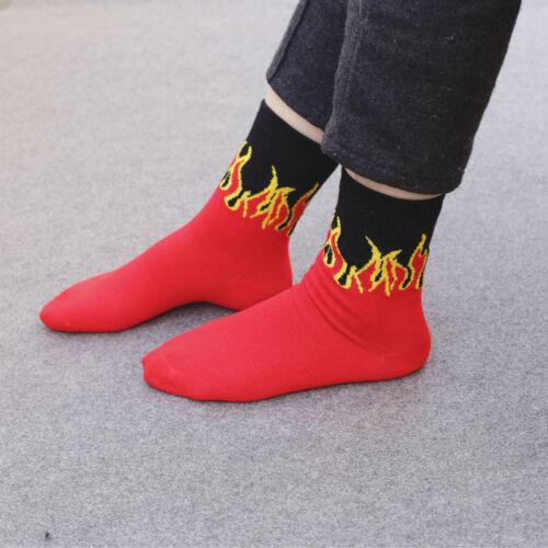 Hommes Hip Hop Rouge Flamme ras-du-cou à Motifs Chaussettes réaliste Jacquard Feu Skateboard Socks