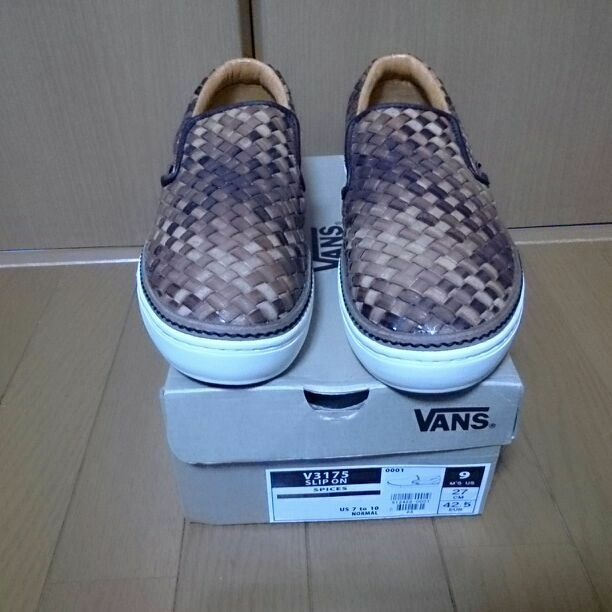 VANS SLIP ON V 3175 from japan (2393