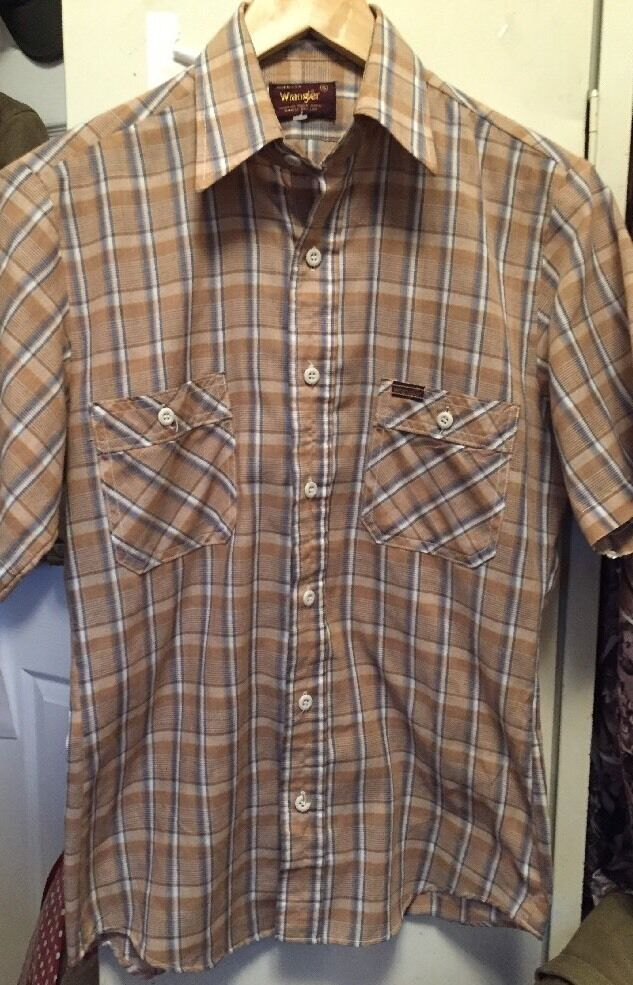 Vintage Wrangler Plaid Button Up Stripe Short Sleeve Dress Shirt. Size Small