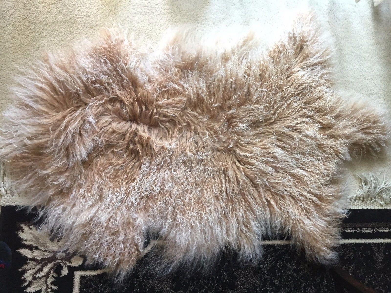Genuine Mongolian Tibetan  sheepskin sheepskin sheepskin Fur wool pelt Rug Beige with snow top 35bce9