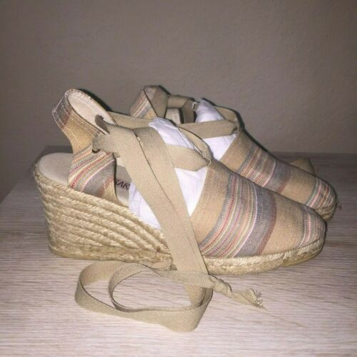 Paloma Barcelo Spain Tan Pastel Ankle Tie Closed T