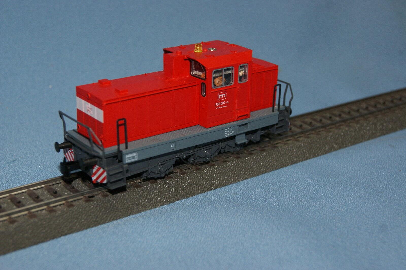 Marklin 36880 Diesellokomotiv DHG 700 C Trafikröd 258 007 -4