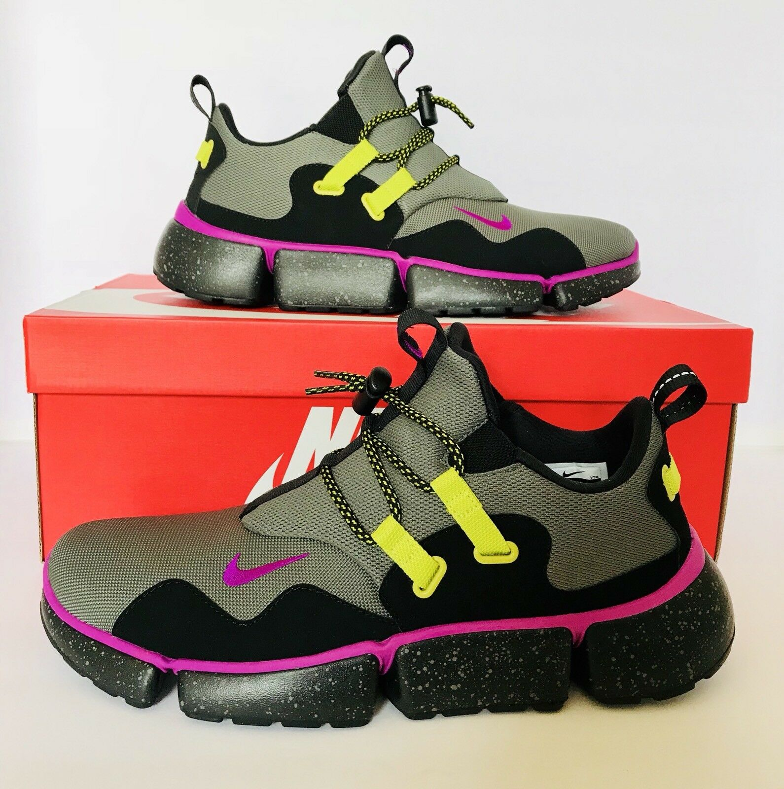 Nike Rock Mens Pocketknife DM River Rock Nike Running Shoes Violet Black Sz 11 AH9709-001 829d76