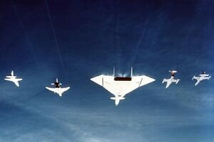 XB-70-XB-70A-FORMATION-W-FIGHTER-JET-8x12-SILVER-HALIDE-PHOTO-PRINT