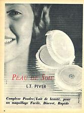 PUBLICITE ADVERTISING 124  1955  L.T PIVER  maquillage poudre PEAU DE SOIE