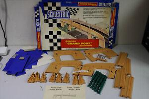 Scalextric-A-229-034-Grande-Bridge-034-ausbaufaehige-Bruecke-H435-6219-16-R52