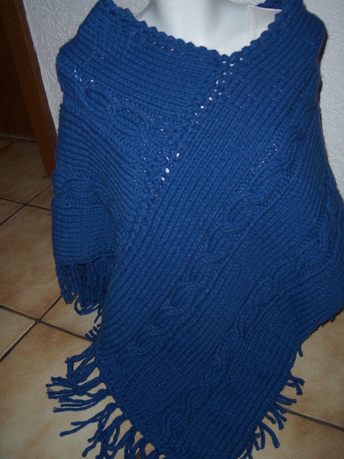 Poncho handgestrickt Universalgröße blau mit Zopf Easy Fransen sehr dick