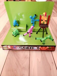 STIKBOT-Bundle-With-Stage-Zing-Action-Figures-stickbot-toy