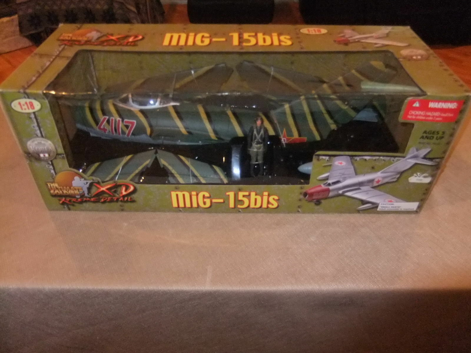 Ultimate Soldier Russian Airplane(aircraft) MIG-15 bis+Pilot Action Figure 1 18