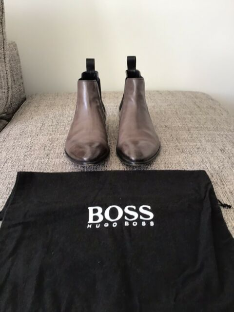 Mens Hugo Boss Leather Boots Size 8 ..Made In Italy...
