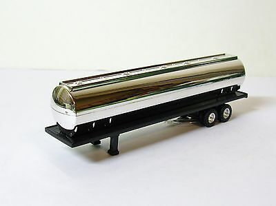 "ERTL Tanker Semi Trailer Black & Chrome 6-1/2"" Long NEW"