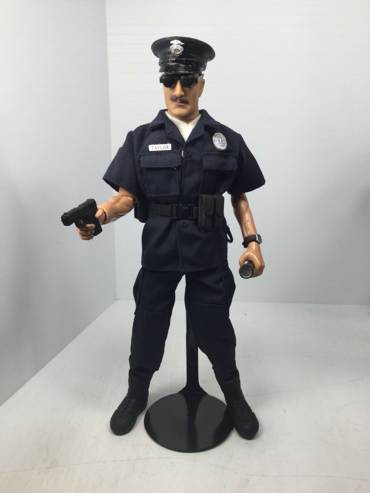 1/6 POLICE OFFICER 911 PISTOL STAND FULL GEAR POLICEMAN HASBRO BBI DID DRAGON 21