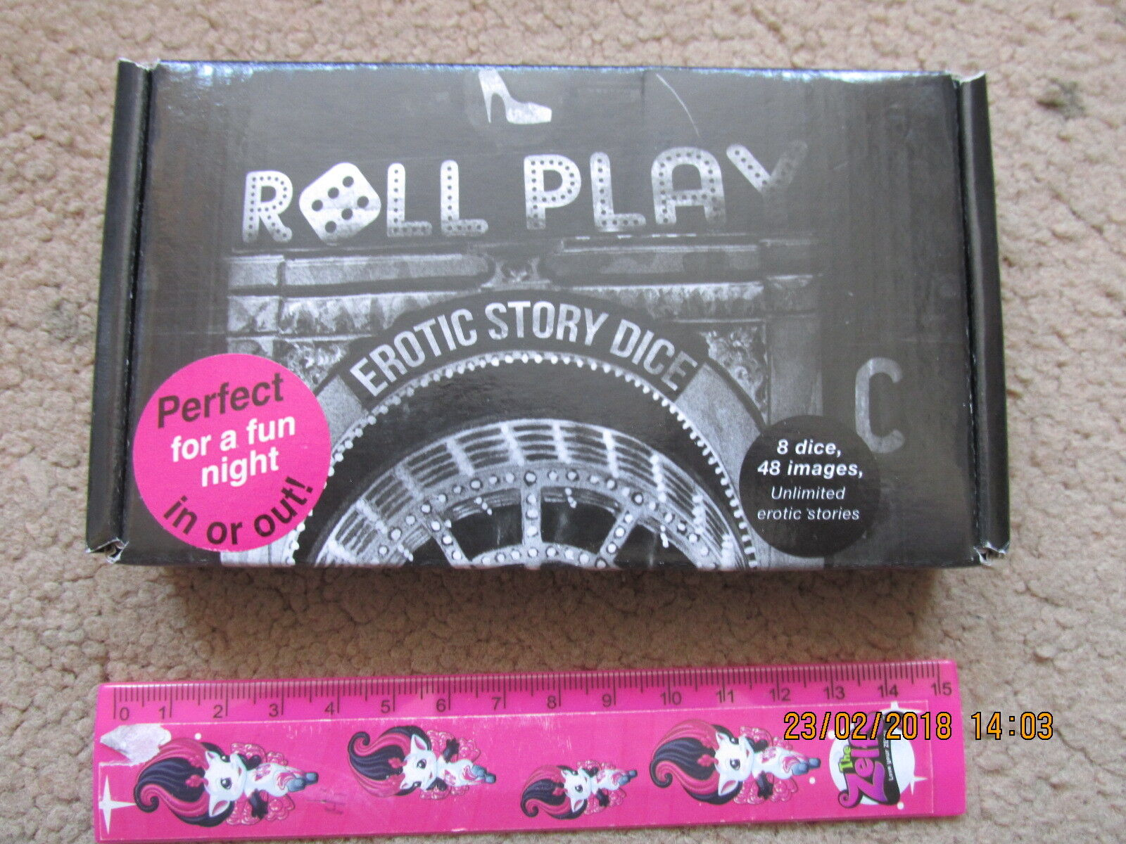 ROLL PLAY EredIC STORY DICE FOR A NIGHT NIGHT NIGHT OF FUN NEW BOXED 8 DICE D6 ADULT + RULES 1f6b75