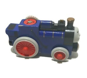 Thomas & Friends Wooden Railway Train Fergus Engine 2003 Learning.