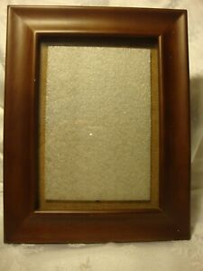 Burnes-Of-Boston-5-034-x-7-034-Photo-Picture-Frame-Resin-Wood-Look-Wall-Tabletop-282