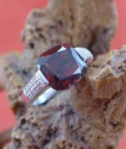 Wunderschoener-Granat-Diamant-Damen-Ring-in-585-Gelbgold
