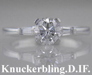 Diamond-Engagement-Ring-in-18ct-White-Gold-Brilliant-Cut-Certified-D-IF-0-60ct