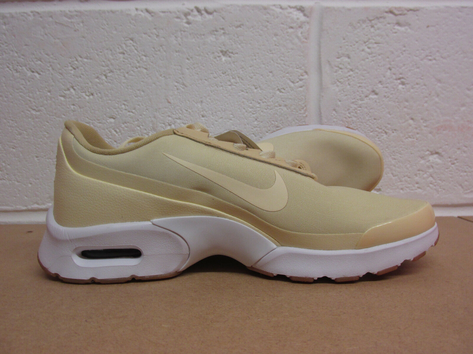 Nike air max jewell 896195 100 womens trainers sneakers shoes SAMPLE