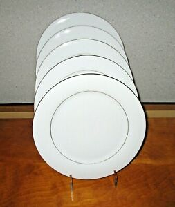 Sakura-Classic-Gold-Dinner-Plates-Lot-of-5-White-Gold-Trim-1997-Excellent