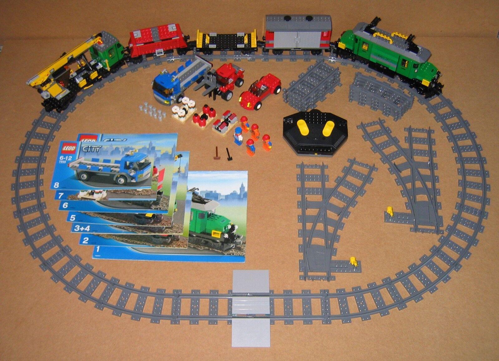 las mejores marcas venden barato Lego 7898 tren de carga Deluxe - 100% completo piezas piezas piezas con instrucciones Excelente Estado 2018  Mercancía de alta calidad y servicio conveniente y honesto.