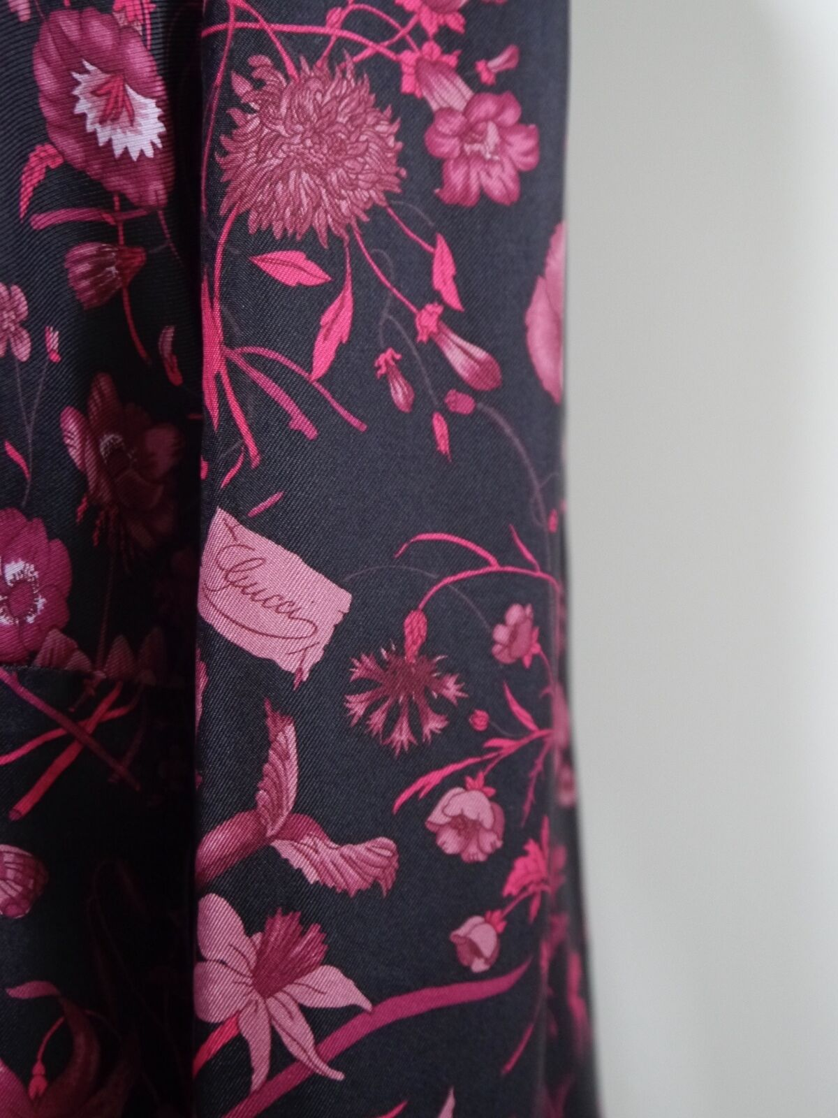 GUCCI black burgundy floral butterfly print silk … - image 5