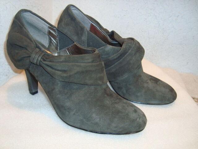 Tahari para mujer grisson Shootie NWOB botas botas botas al Tobillo Zapatos 10 MED Nuevo  nuevo listado