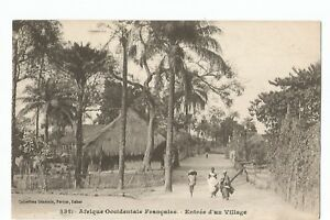CPA-AFRIQUE-AOF-ENTREE-D-039-UN-VILLAGE