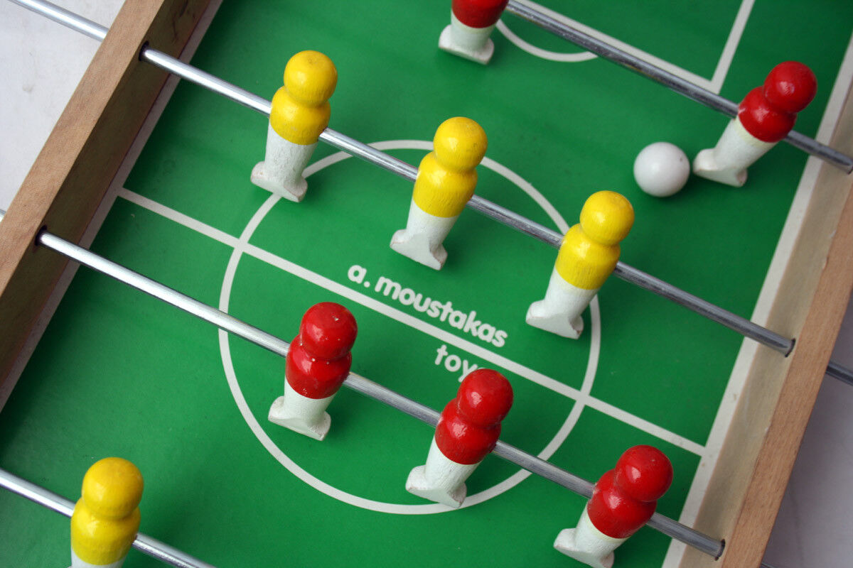 RARE VINTAGE 90'S WOODEN FOOTBALL TABLE GAME MOUSTAKAS MOUSTAKAS MOUSTAKAS GREECE GREEK NEW +ERROR e0a367
