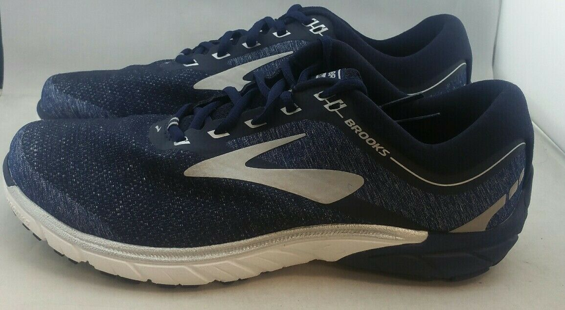 Brooks Pure cadence 7 Navy Sliver Running shoes's Men's US 9 (Y)