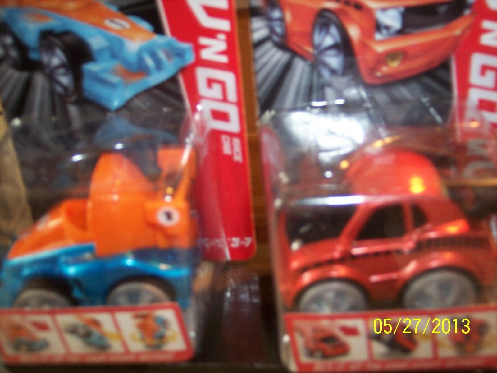 BNIB Fisher Price Rev 'N Go Stunt Stunt Stunt Garage + Muscle AND Race Cars Lot -Ages 3-7- 2b0608